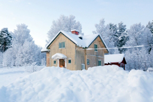 Tips for removing snow from your roof